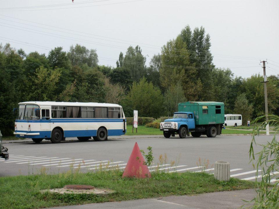 Varit en del gånger öster om ridån och en av de saker som verkligen står ut är deras fordon. Idag mer ovanliga än en Ferrari i centrala Kiev.